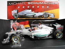 1:18 Mercedes GP F1 Team -