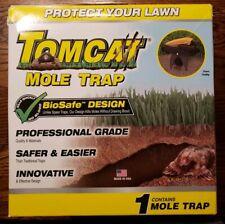 NEW Tomcat Mole Trap Professional Grade Hands Free MOTOMCO NIB