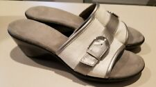 A2 Eyes On You Aerosoles Slides Slip On Shoes As 9 silver buckle and white