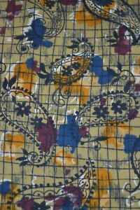 Vintage Favourite yellow cravat with paisley pattern