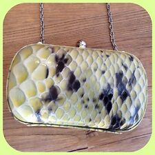 new $118 MARCIANO GUESS SNAKE PRINT LEATHER  CLUTCH PURSE BAG tote SOLD OUT