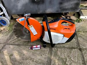 STIHL  TS410 CUT OF SAW WITH FREE  DISC, A   OIL & TOOL  Made  06.18