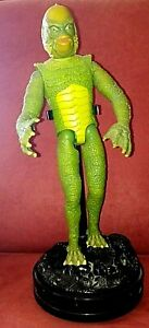 """CREATURE FROM THE BLACK LAGOON 10.5"""" Figure w/Stand 1999 Hasbro, Universal"""