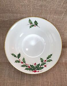 Lenox China Holiday Holly Berry Large Serving Party Bowl 9 1/2""