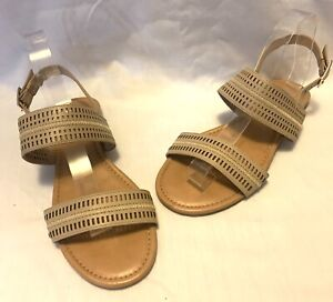 Sandler Ladies Sandal Size 8B Nude Leather Upper Flats Buckle Cut Outs Casual