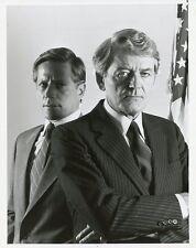 PETER STRAUSS HAL HOLBROOK PORTRAIT UNDER SIEGE ORIGINAL 1986 NBC TV PHOTO