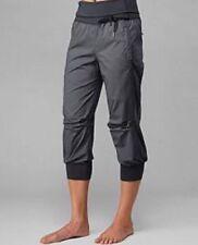 LULULEMON sz 6 Devi Crop Gray Micro Stripe Swift Dance Capri Pants