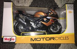 Miniature Moto Suzuki GSX R 1000 1/12 Maisto IN Box