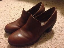 Ladies Born Concept Boot Shoe Loafer Brown Pebbled Leather C17248 US 8 Med EU 39