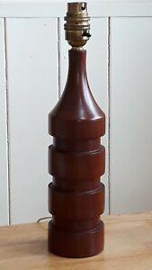 LOVELY MID CENTURY TURNED WOOD 1960'S DANISH TEAK RINGED TABLE LAMP