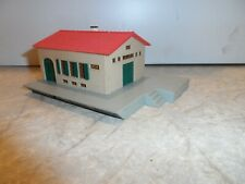 HO SCALE  SMALL WARE HOUSE