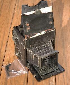 Vintage Compact Graflex Camera for Parts or Repair