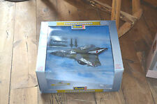 panavia tornado revell die cast 1/72 metal monte pour collection mondial poss