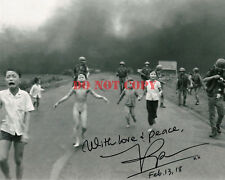 KIM PHUC SIGNED AUTOGRAPHED PULITZER PRZE WINNING VIETNAM WAR PHOTO WEXACT PROOF