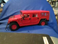 Hummer H2 SUV maisto 1/18 red  Special off- road wagon truck loose display piece