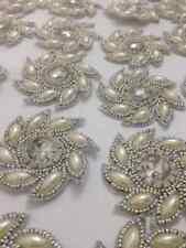 Pearl Silver Ivoire appliqué, Motif, bordure, Trim, paillettes, perles (5.5 cm env.) FN