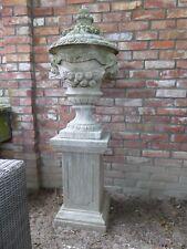 Gartenpokal mit Widder, Gartenurne,Amphore,Gartenpokal, Urne aus Naturstein