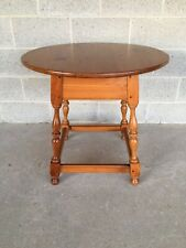 ETHAN ALLEN COUNTRY CRAFTSMAN PINE LAMP TABLE (MODEL 10-0891) (FINISH 657)