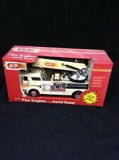 Supermarket Service A&P batery powered fire engine w/ aerial tower NOS