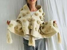 Wolle Shawl. Pom Poms & Tassels. Mayan. Chamula. Mexiko