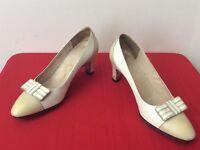 Salvatore Ferragamo Vintage Classic Beige Cap Toe Low Heel Pumps Sz 4.5 (box21)