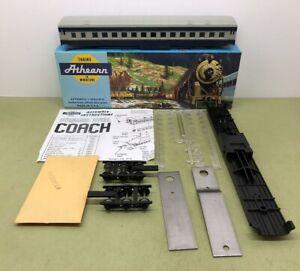 ATHEARN STANDARD COACH R/R BALTIMORE OHIO 1712 - NOS MIB 170