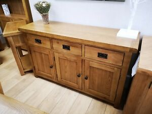 Montreal Oak Large 3 Door 3 Drawer Sideboard / Solid Wood Cupboard Storage Unit