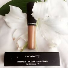 M·A·C All Skin Types Matte Face Make-Up