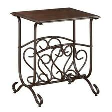 Willa Chairside Table W/Magazine Rack