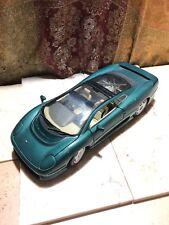 Maisto Jaguar XJ220 1:18 Dark Green Die-Cast Car 1/18 Scale No Box