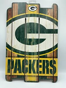 GREEN BAY PACKERS WOOD FENCE SIGN 11X17 RETRO WHITE WASHED
