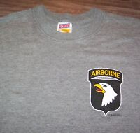 VINTAGE ARMY Screaming Eagle 101st AIRBORNE Ft Campbell T-Shirt MENS LARGE