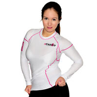 Frauen Kompressions T-Shirt in Premiumqualität_Spezielles Strechmaterial