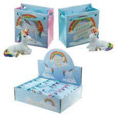 Magischer Regenbogen Einhorn in einer Mini Geschenktasche Geschenkidee Unicorn