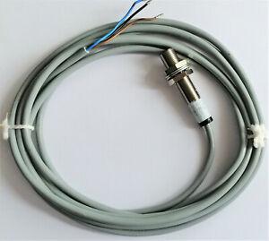 Induktiver Sensor von Balluff BES 516-370-BO-C - Neuware