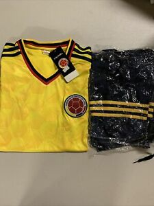Colombia National Football team YOUTH Small Yellow Jersey + Shorts #310