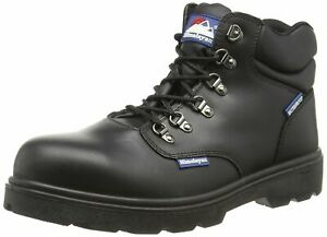 5220 Himalayan Hygrip Waterproof Safety Boots Size 9