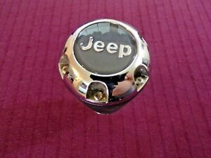 2005 2006 2007 05 06 07 JEEP COMMANDER OEM SHIFTER SHIFT KNOB BLACK W/ JEEP LOGO
