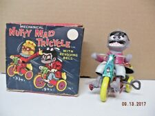 VINTAGE 1964 MARX NUTTY MAD CRAZY MONSTER TIN TRICYCLE WIND UP TOY with BOX