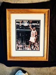 Michael Jordan/Chicago Bulls 8X10 Auto Signed Photo Framed 14x16 W/COA! SHARP!