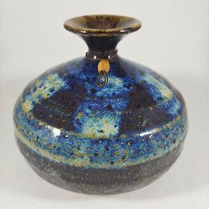 """vtg ROGER BUTLER Handmade 4"""" Small Blue Brown Stoneware Pottery Bud Vase Signed"""