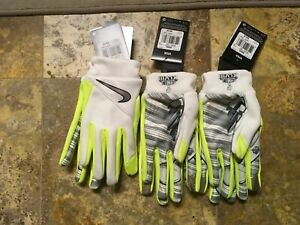 NIKE Super Bowl XLVIII 48 Seahawks Broncos NFL Edition Receiver Gloves Size M