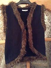 🌹 RIVER ISLAND 🌹 black gilet / jacket with brown faux fur trim. Size 12.