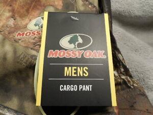 Mossy Oak Men's  XL  40/42 Camo Cargo Long Pants - NEW