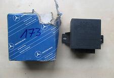 original Mercedes,0335320016,Relais,Wischerrelais,Intervall.Wischintervall