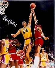 Kareem Abdul-Jabbar signed Los Angeles Lakers 16x20 Photo-Online Authentics Holo