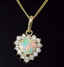 333 Gold  Opal Kette mit  Anhänger Herz mit Zirkonia Steinen Opal 14 x 9 mm