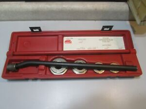 LOT 59 MAC TOOLS FP310M EXPANSION PLUG TOOL SET......IN CASE .....NOT OVER USED