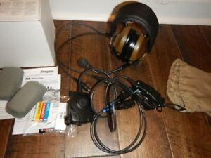 3M Peltor Comtac III Hearing Protection * DUAL COM Headset w/ PTT * TAN