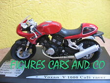 MOTO  1/18  VOXAN V 1000 CAFE RACER SOLIDO AVEC SON COCLE D'EXPOSITION